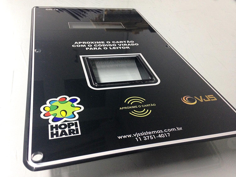 Painel para leitor de cartão digital em acrílico